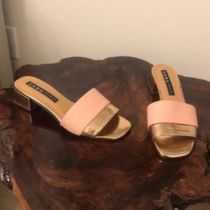Slip on zara sandals with small heel